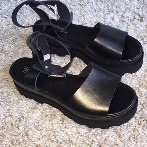 ASOS brand new black platform sandals